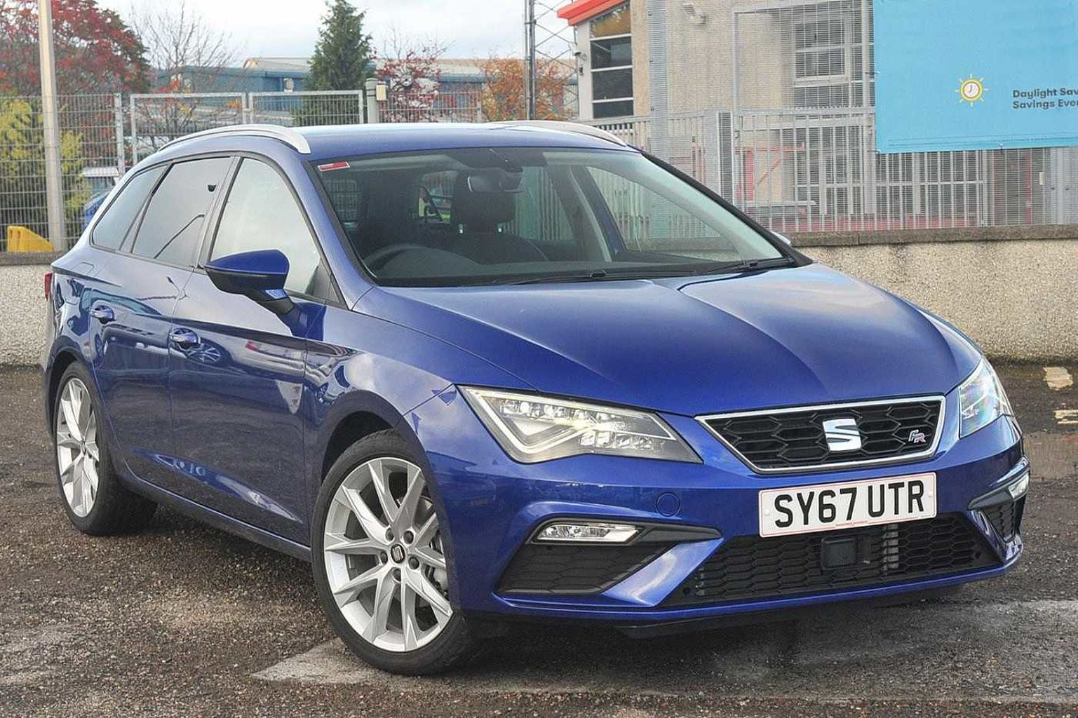 find a used blue seat leon st 2016 1 4 tsi fr technology. Black Bedroom Furniture Sets. Home Design Ideas