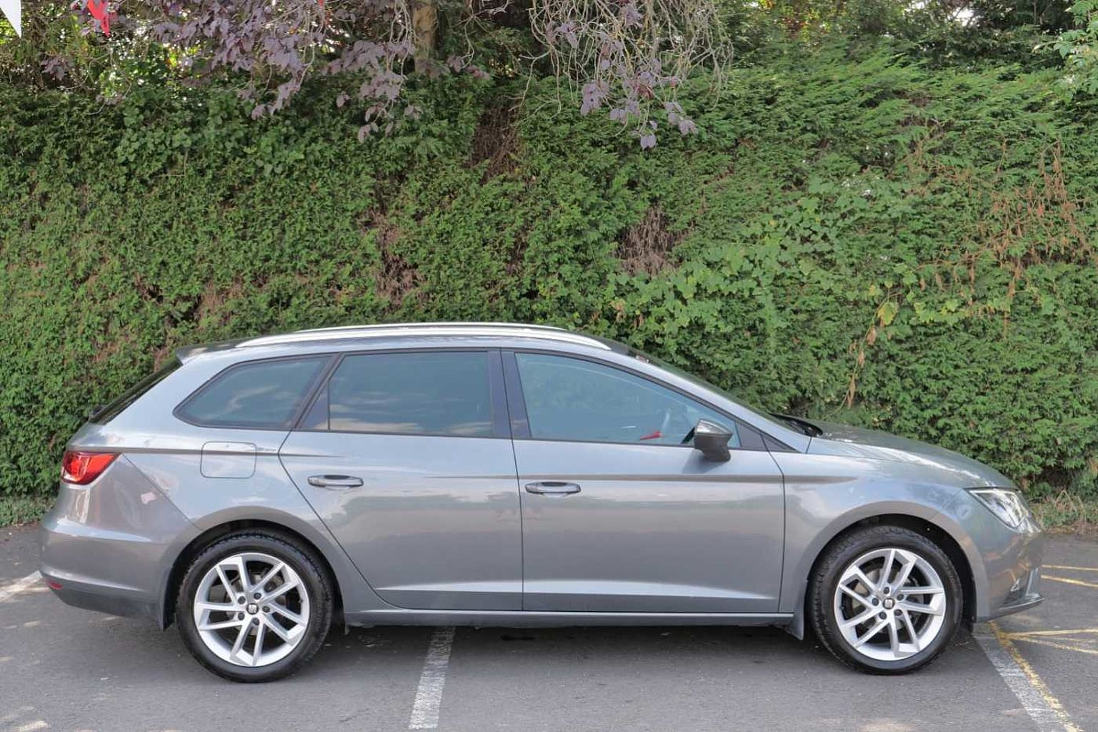 find a used grey seat leon leon st se dynamic technology 1 2 tsi 110 rh usedcars seat co uk manuel seat leon 3 pdf manuel seat leon 2011